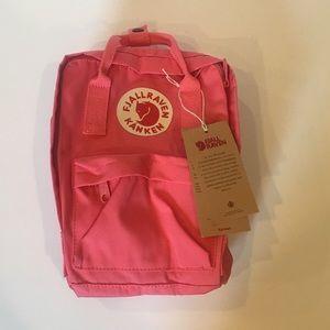 NWT NEW Fjallraven Kanken Classic Mini Backpack